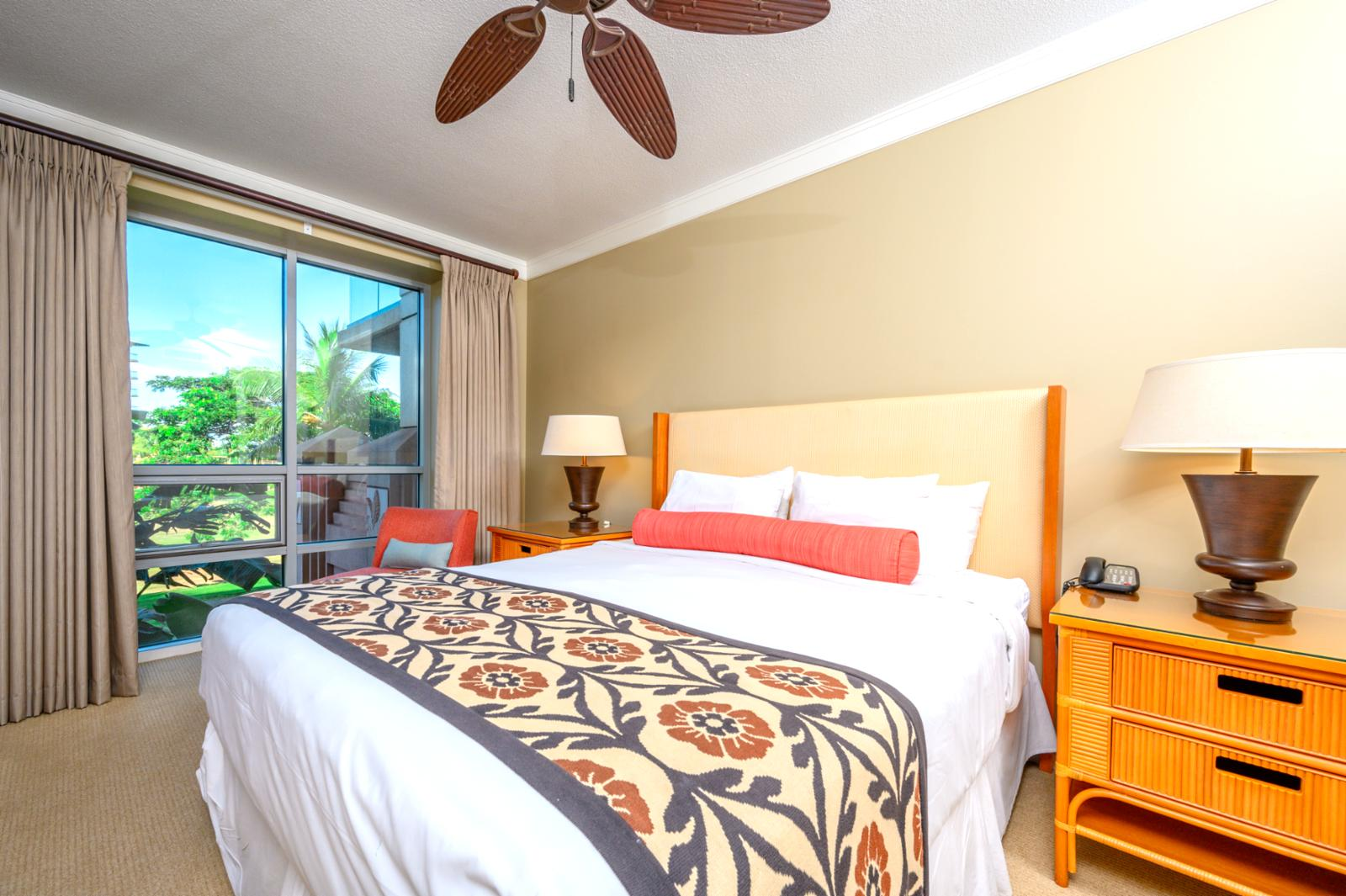 Large King size bed in the bedroom to add to the comfort of this Honua Kai unit.