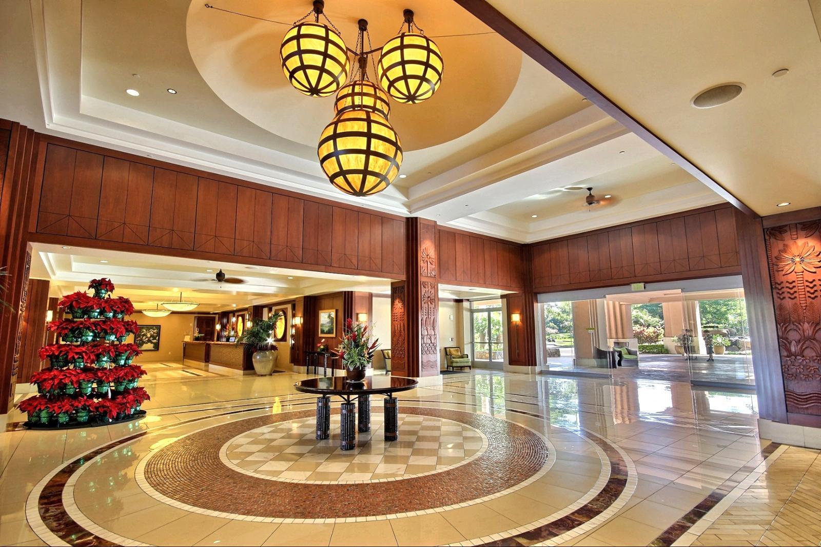 Honua Kai - grand lobby entrance