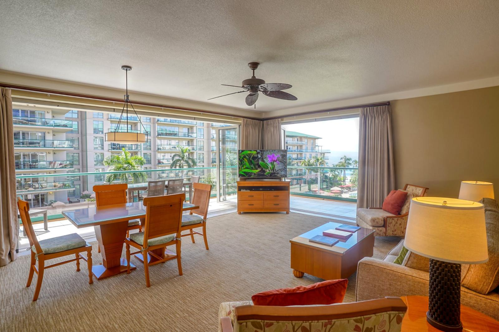 Open layout, perfect for natural ocean breezes and natural lighting