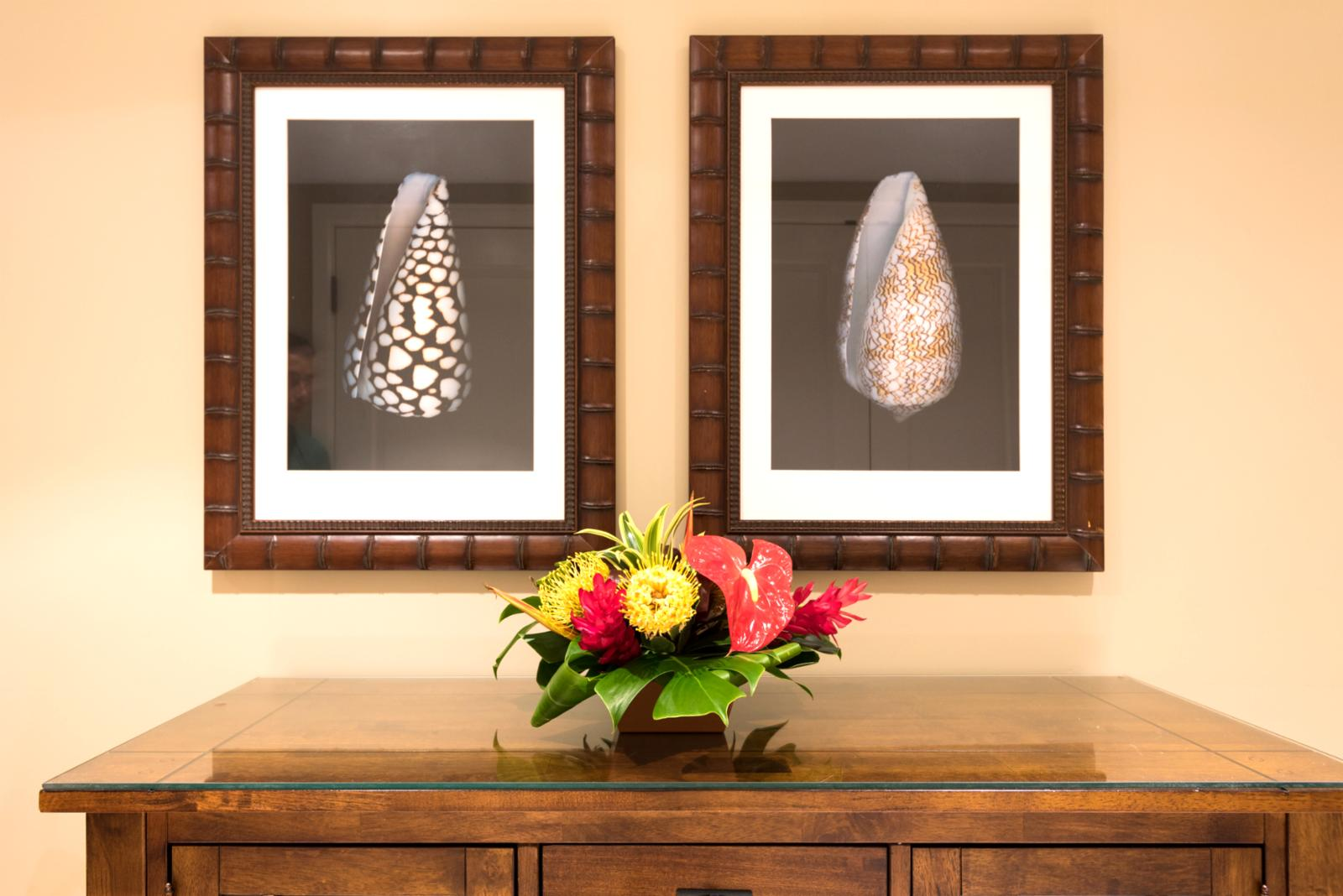 Entry artwork - shells, find you own out front on the beach!