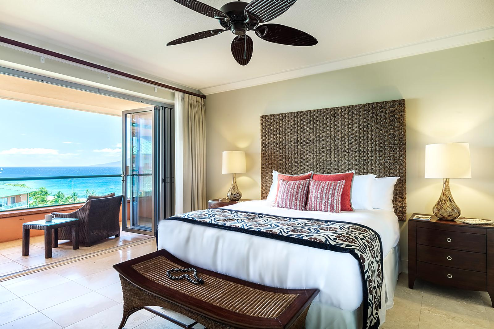 Huge master suite with own private lanai to enjoy while your friends and family have access to the main lanai.