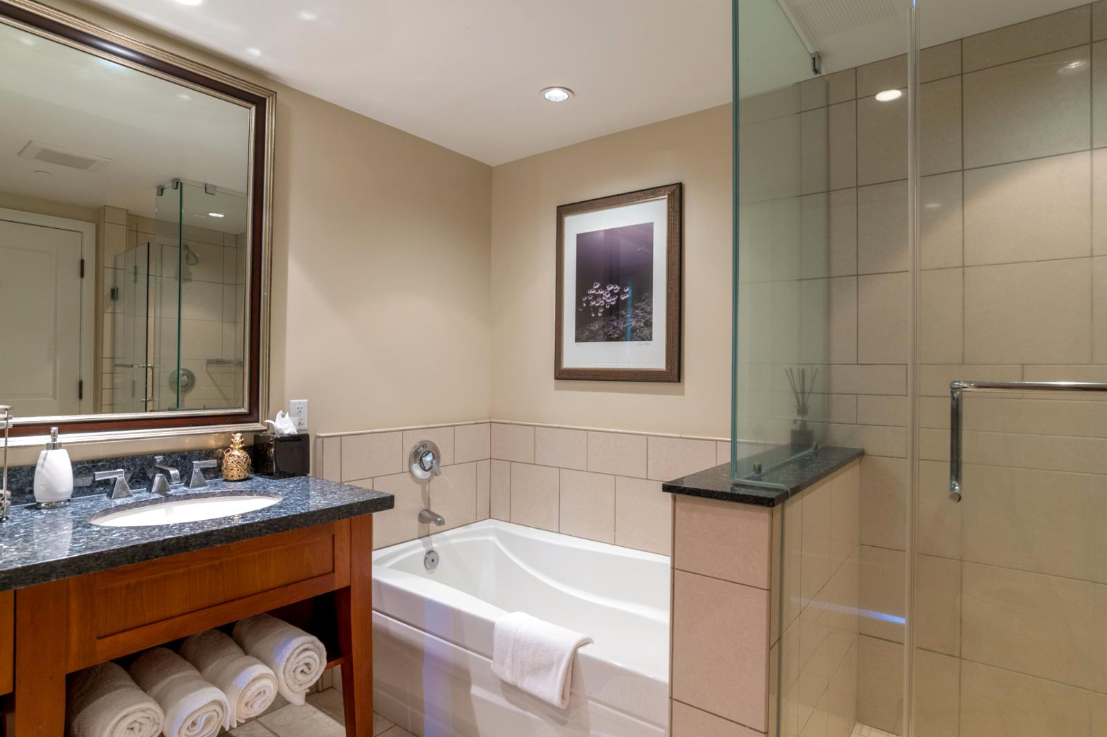 LARGE concept with Jack n Jill access to bathroom