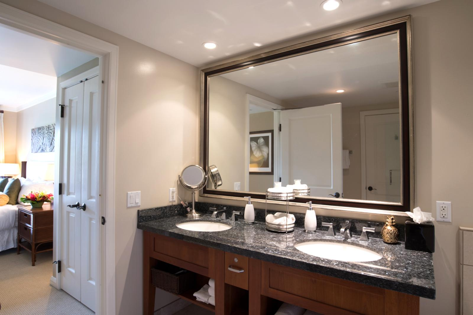 LARGE oversized mirror and layout
