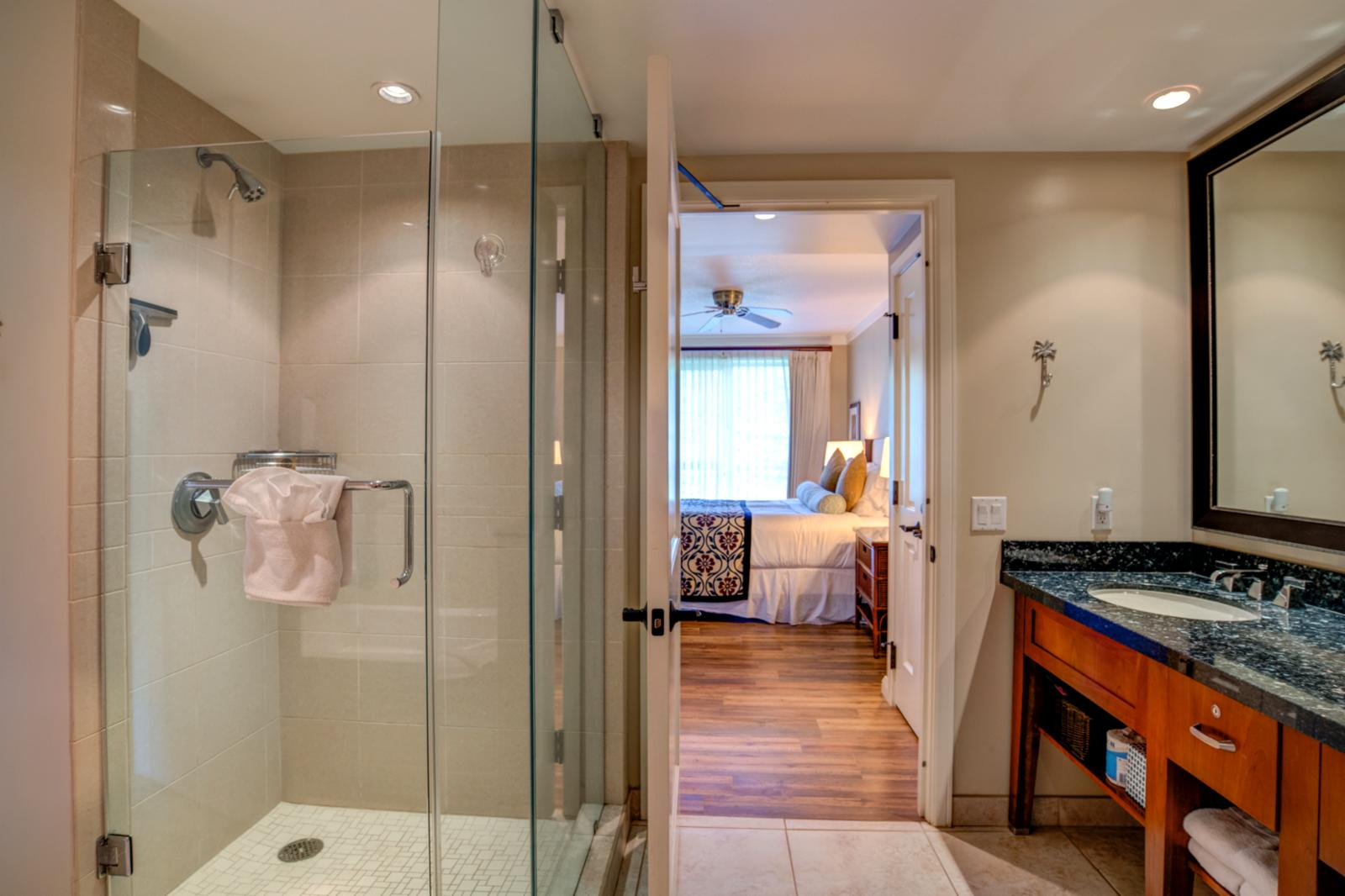 Floor to ceiling enclosed glass shower