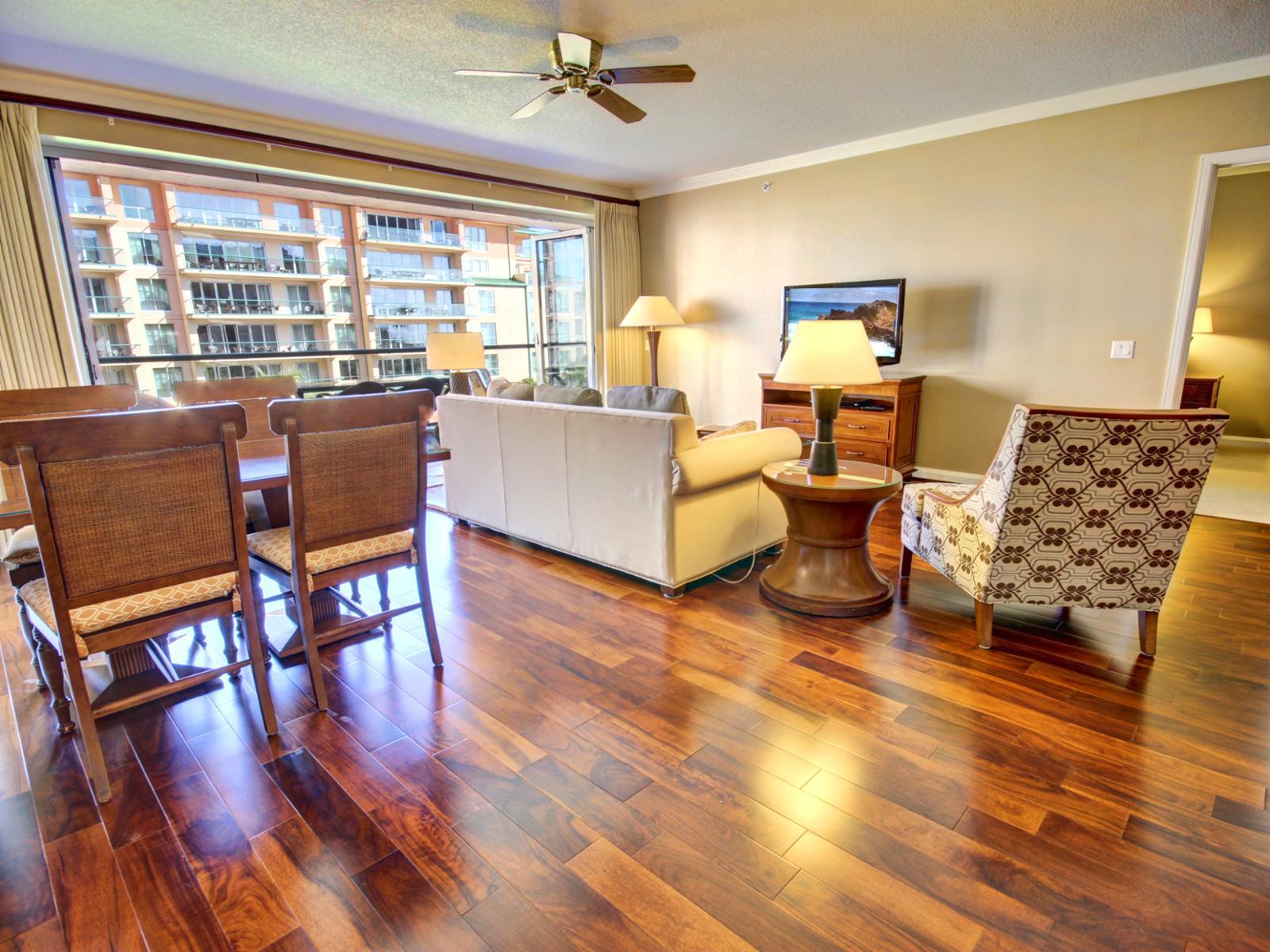 This beautiful 2 bedroom / 2 bath unit has new hardwood floors and a great open floor plan.