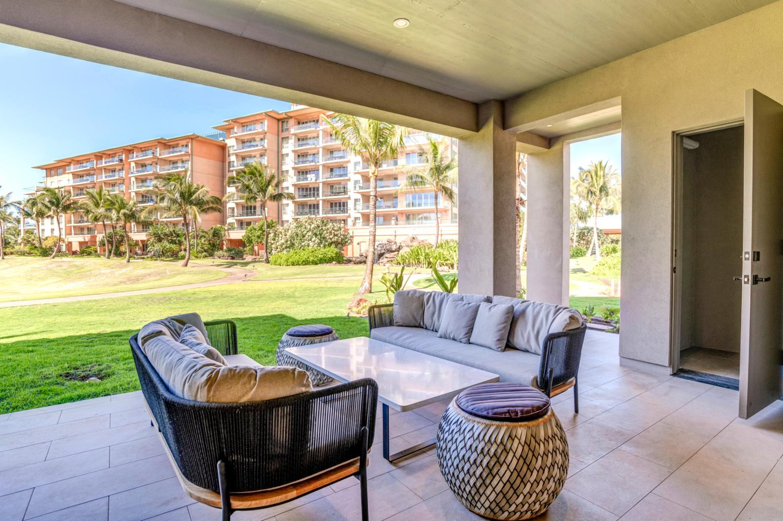 Enjoy cool ocean breezes on your private lanai!
