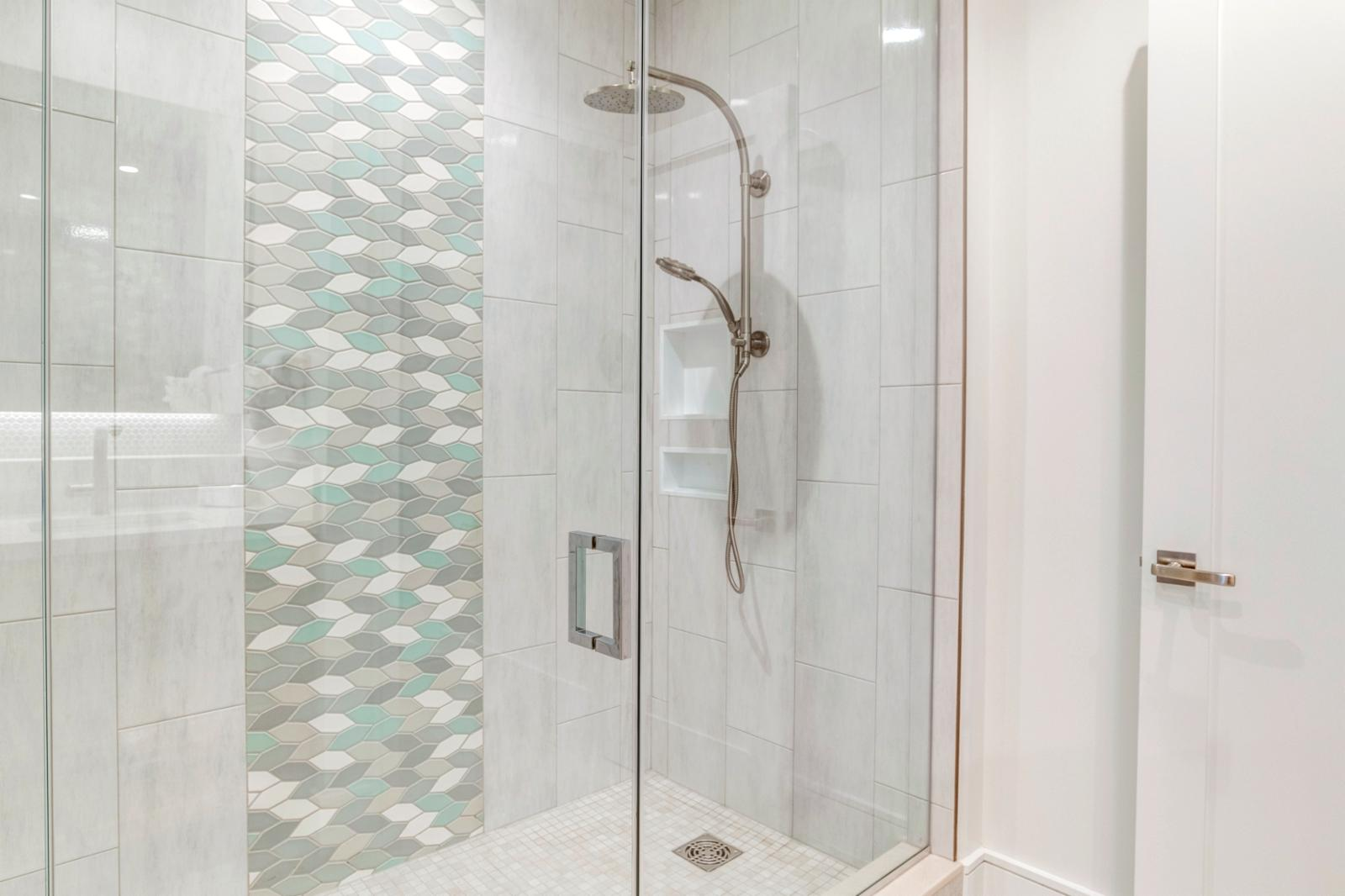 Beautiful shower and backsplash