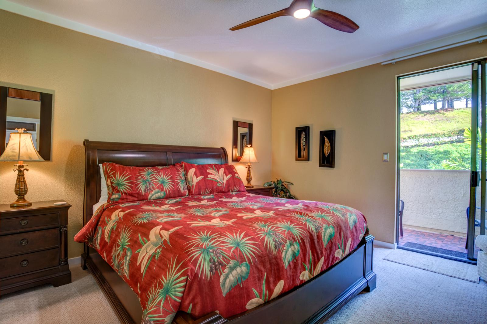 Comfortable master bedroom with dual access to the bathroom