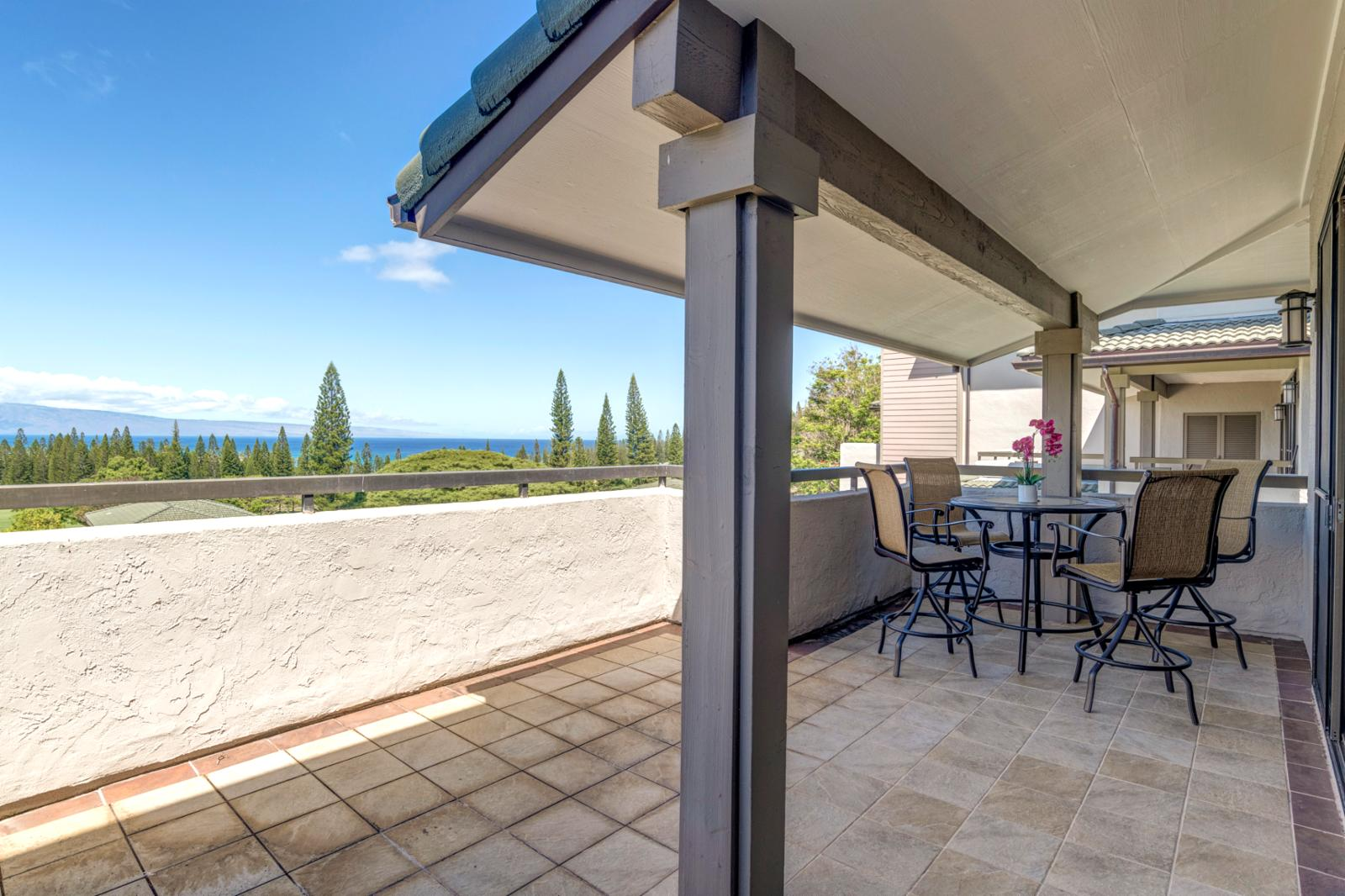 Oversized layout and upgraded balcony furniture