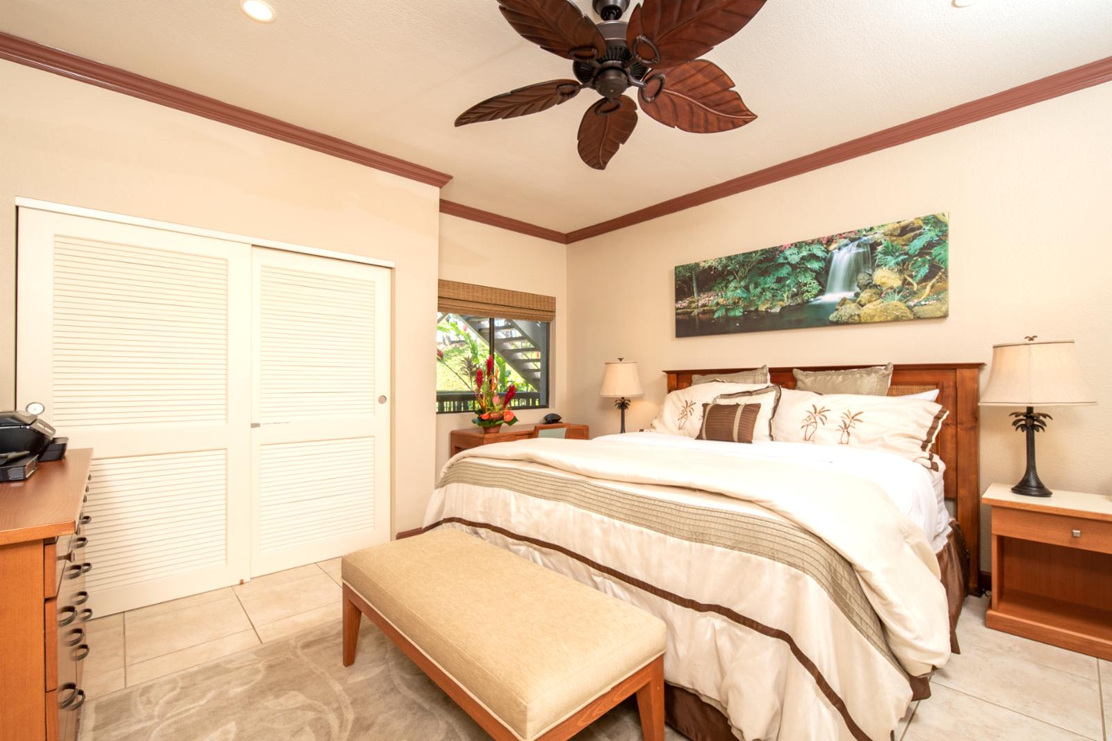 Oversized ceiling fan and comfortable King size bed!