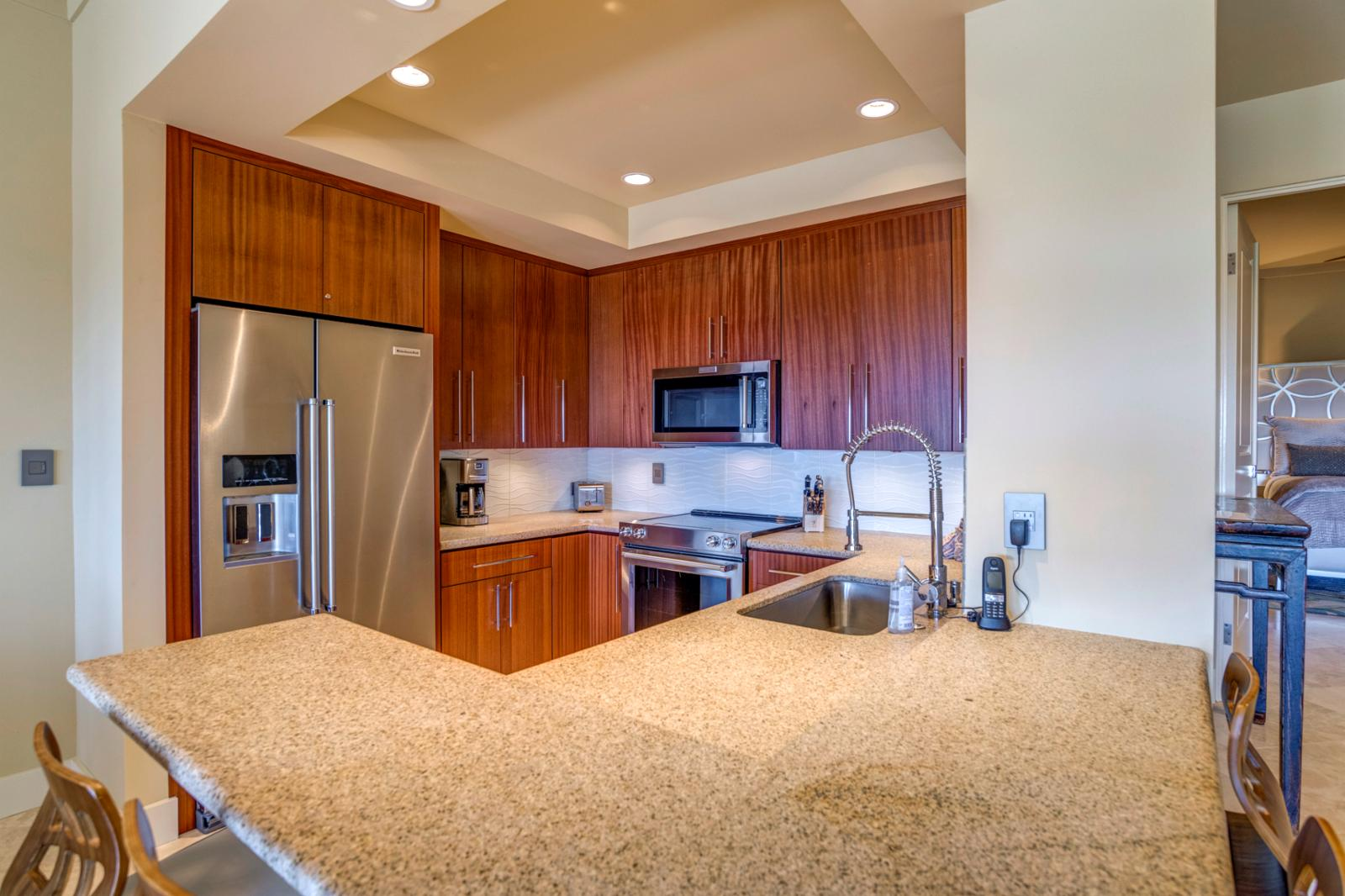 Entry, new countertops and fresh paint, stainless appliances