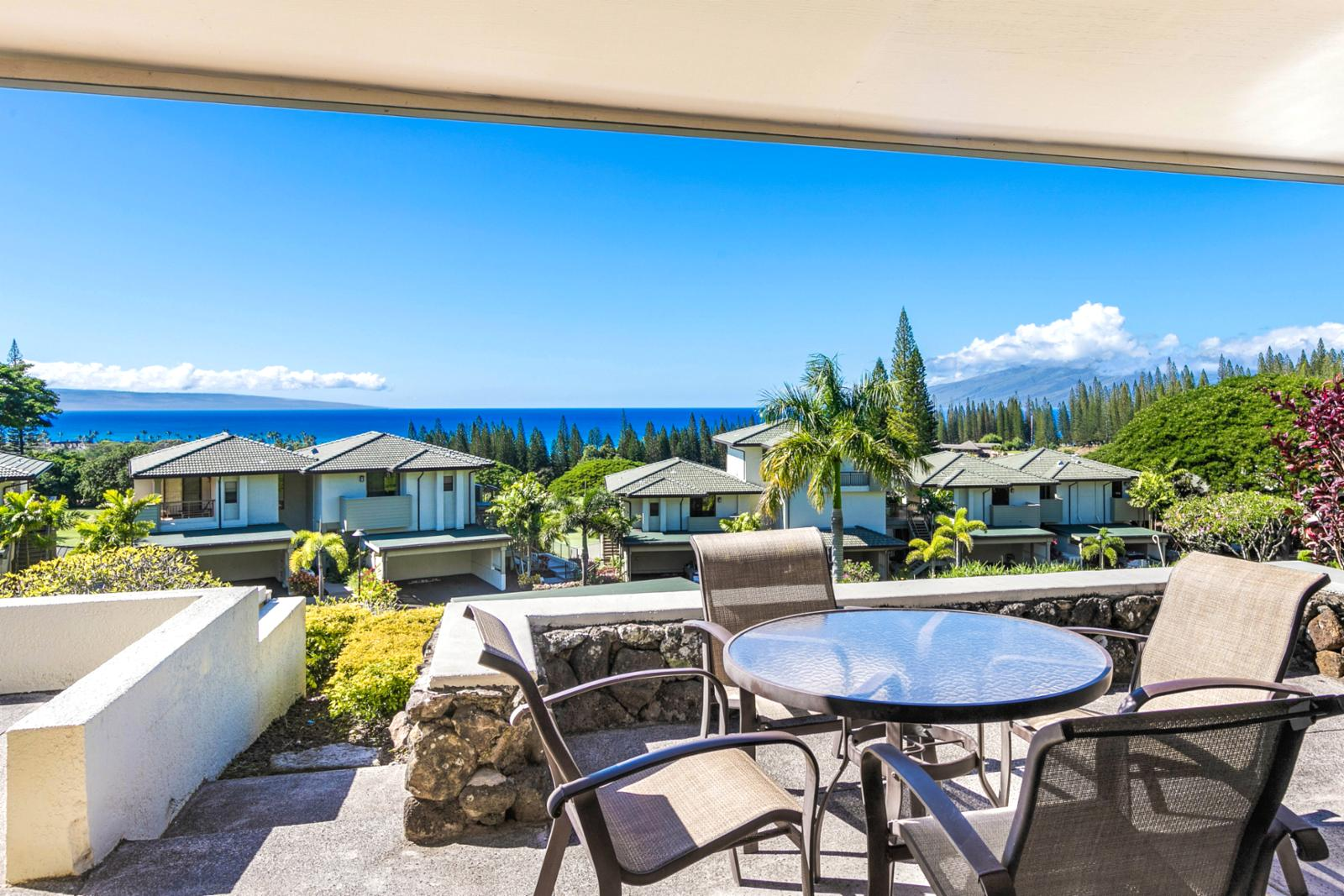 View the entrance of your Maui getaway from the lanai!