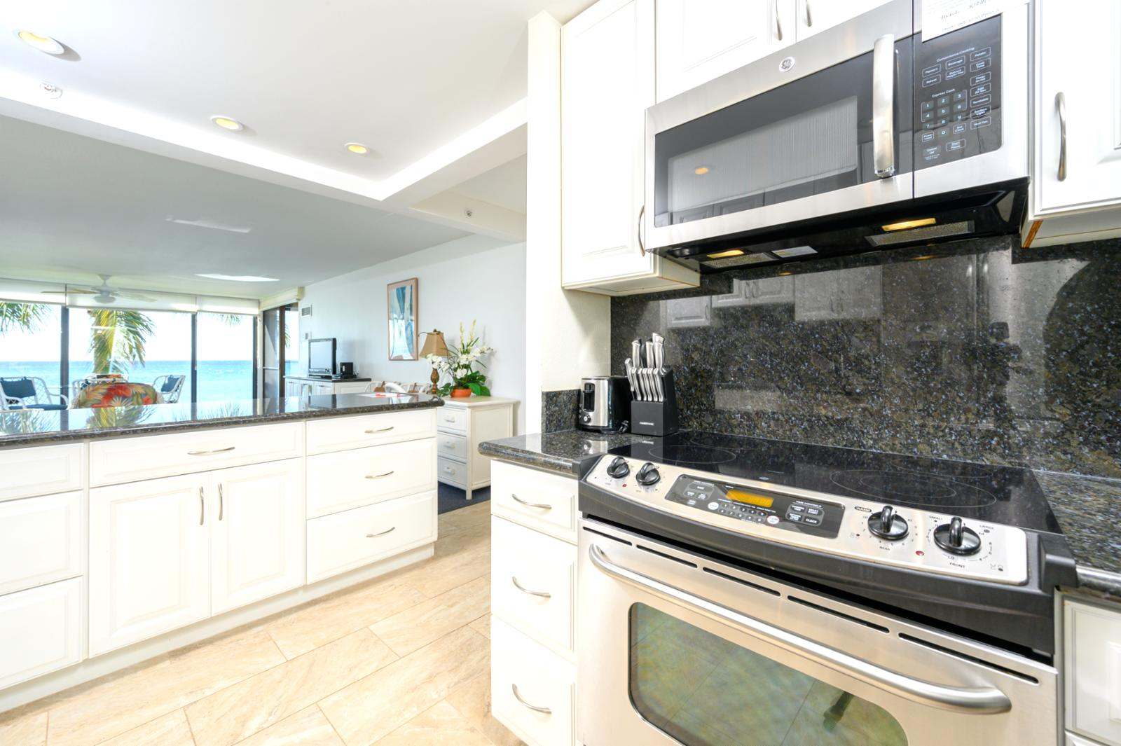 Large over-sized kitchen with all the extras and fully equipped