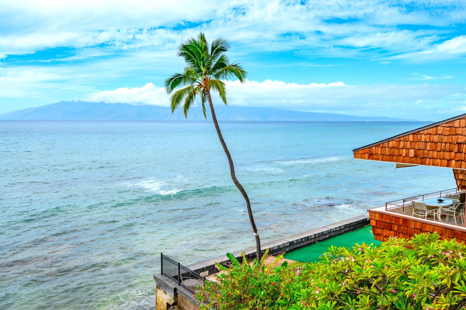 Bi island views of Lanai and Molokai