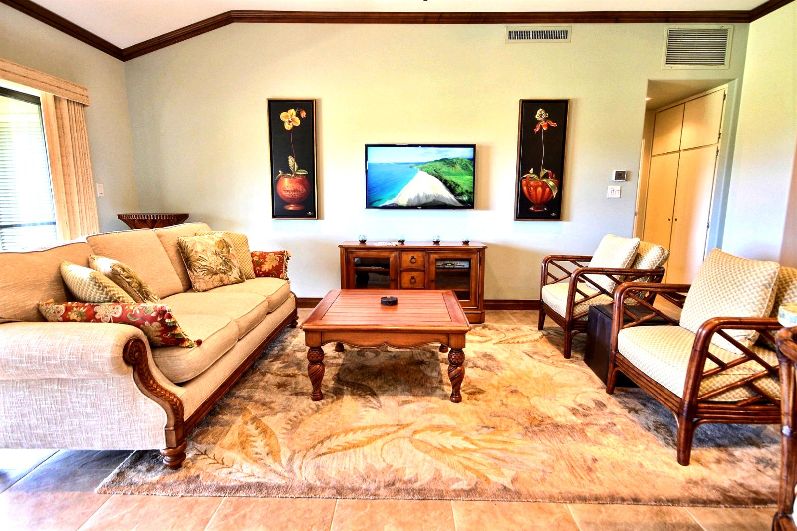 Flat screen TV to watch your favorite sporting team win while relaxing on Maui.