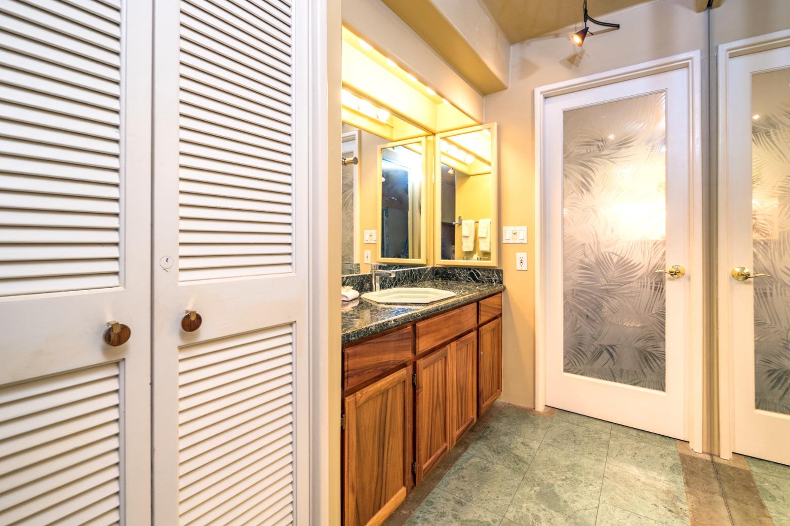 Private access to the en suite bathroom