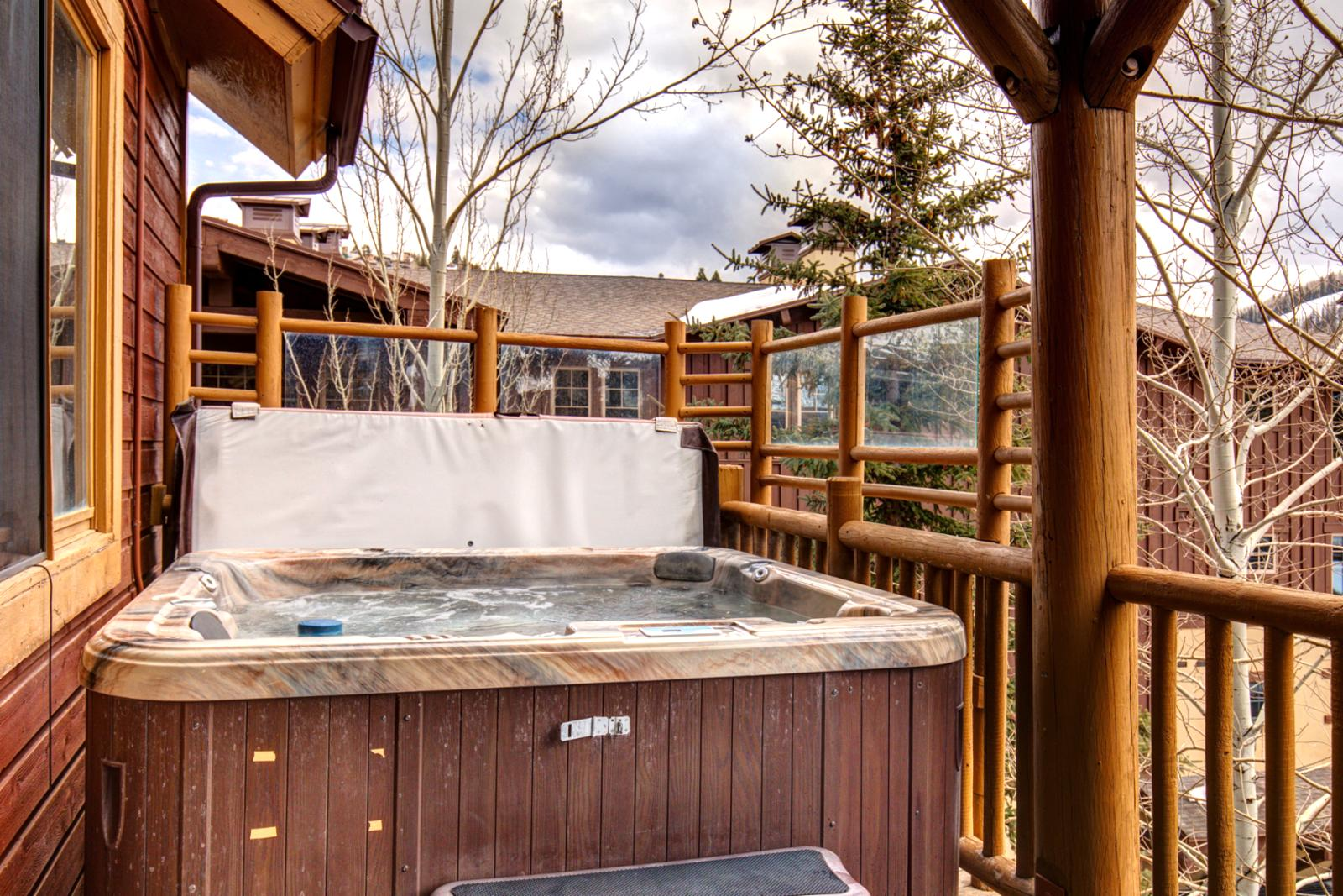 Hot tub deck with mountain view