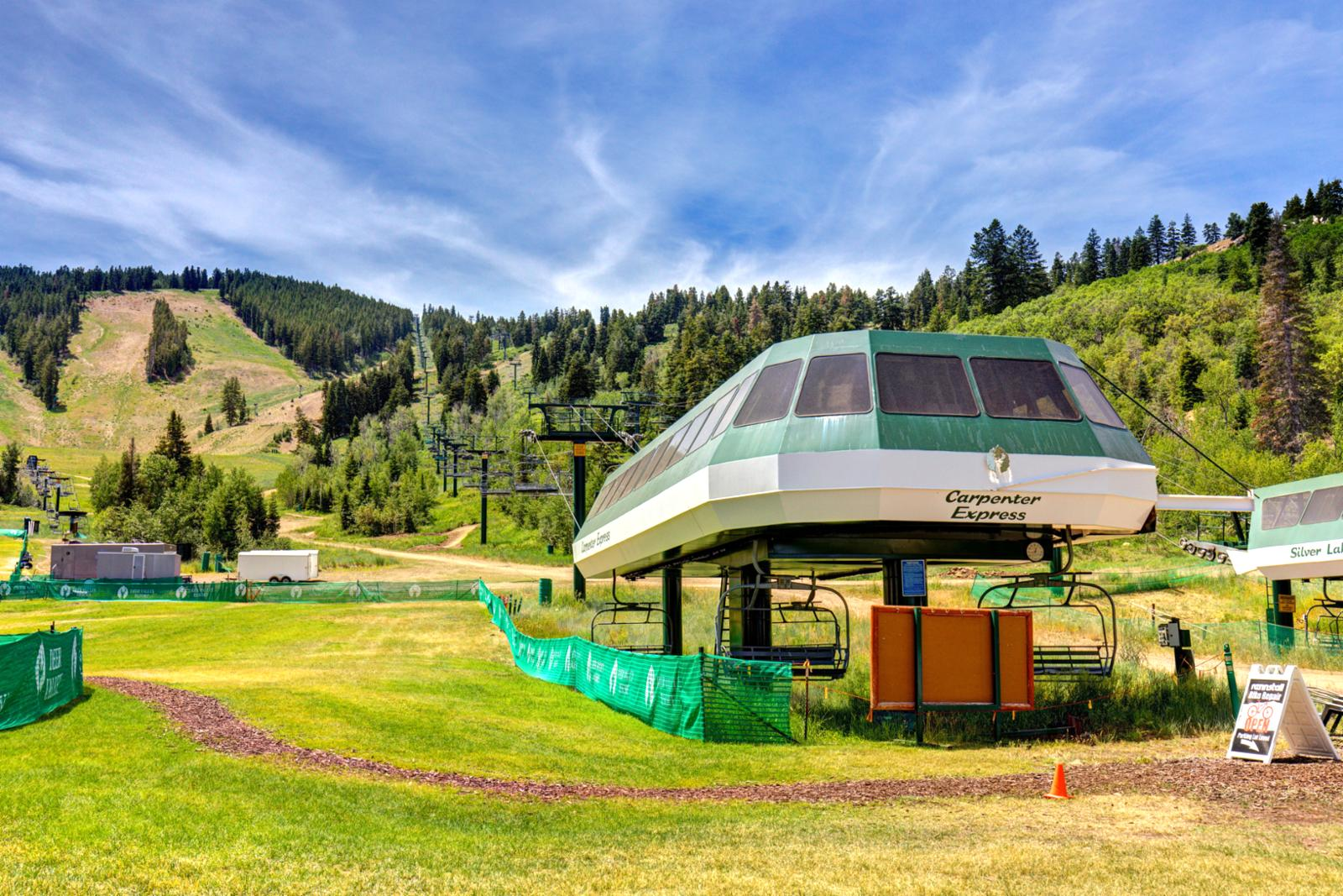 Just a simple walk to Snow Park Lodge ski area and hop onto Carpenter Express