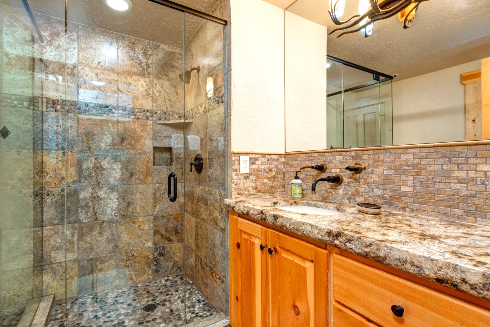 Shared shower bathroom for Bedroom #1 and for guests