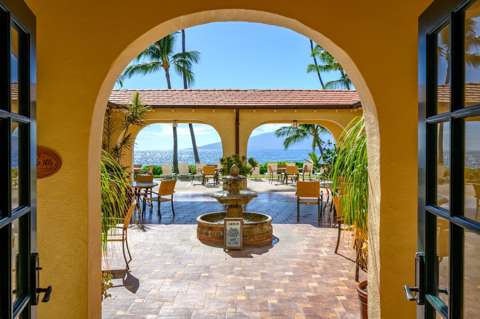 Puamana courtyard has stunning views!