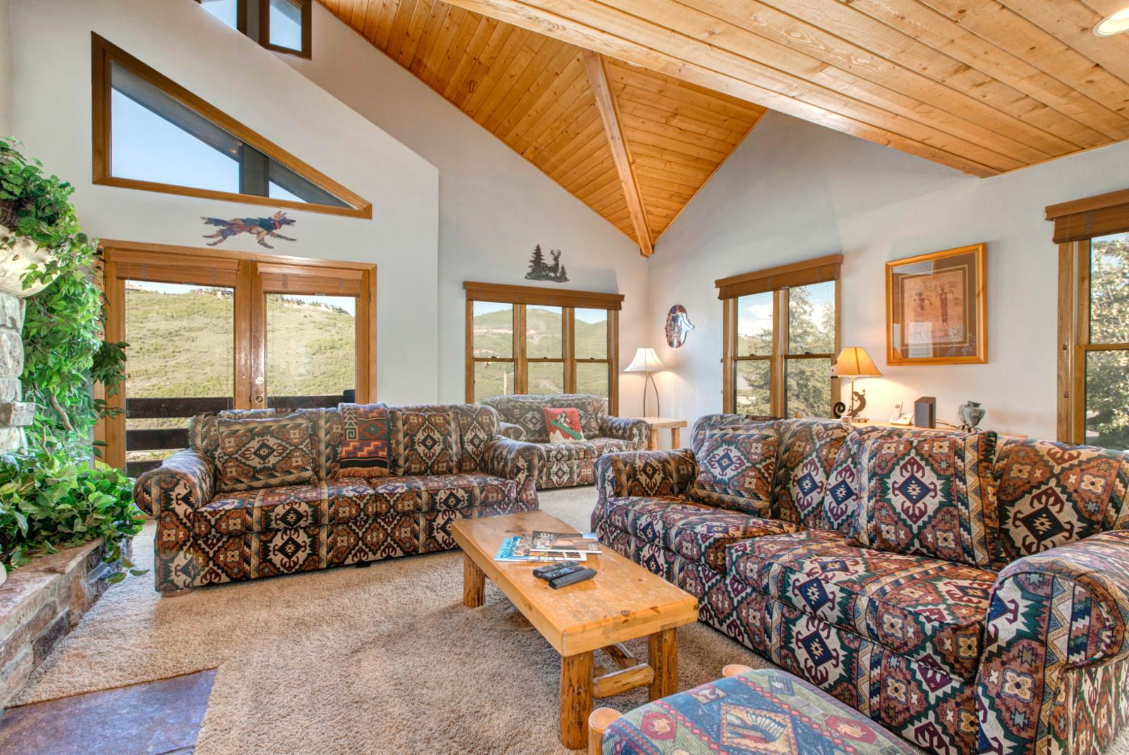Open grand room with fantastic views!