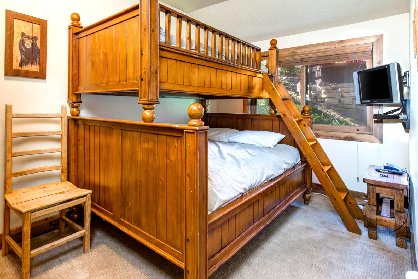 Fun bunk room with easy steps up