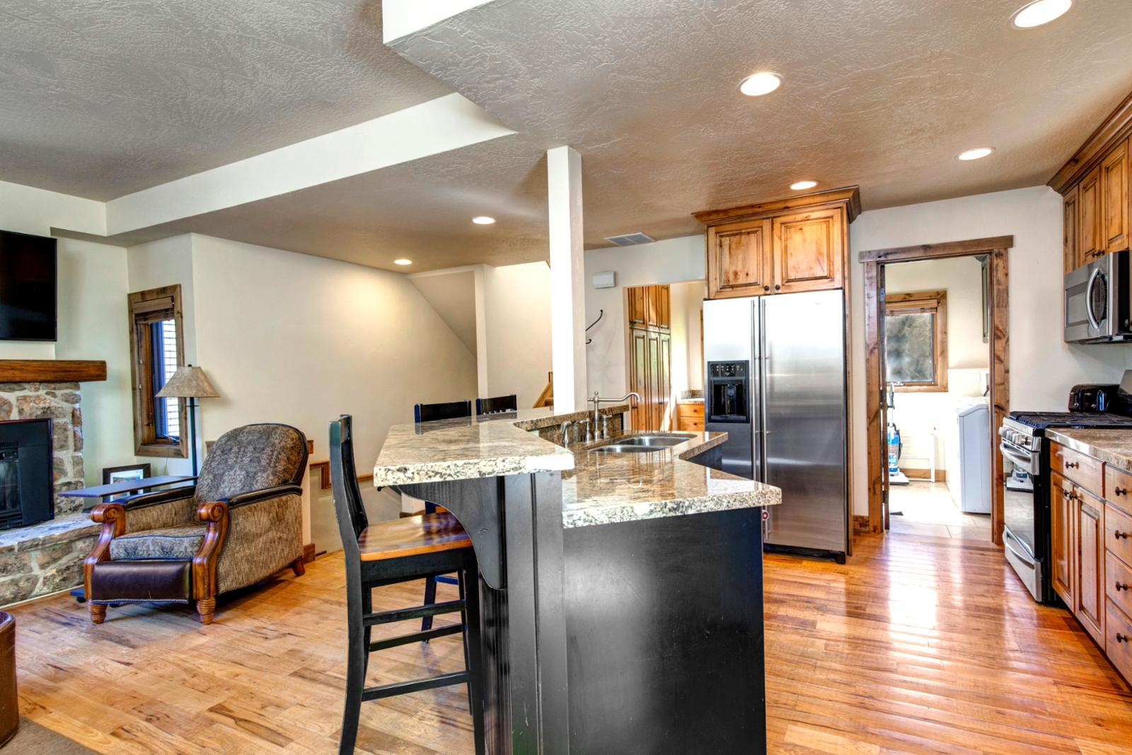 Spacious Kitchen for the chef and assistant!